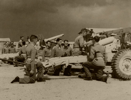 Gun Laying Competition, R.A. O.C.T.U., April 1943